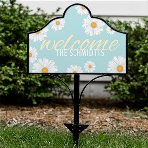 Personalized Welcome Daisies Magnetic Sign